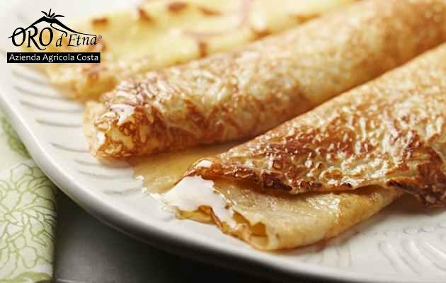 Crepes With Ricotta Cheese And HONEY